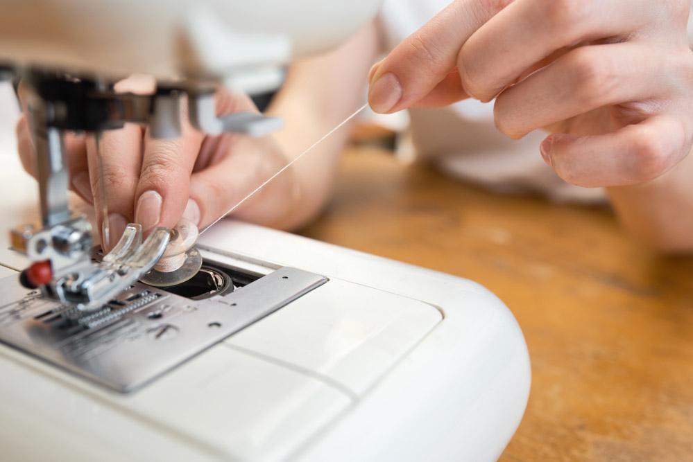 Sewing machine troubleshooting broken needle